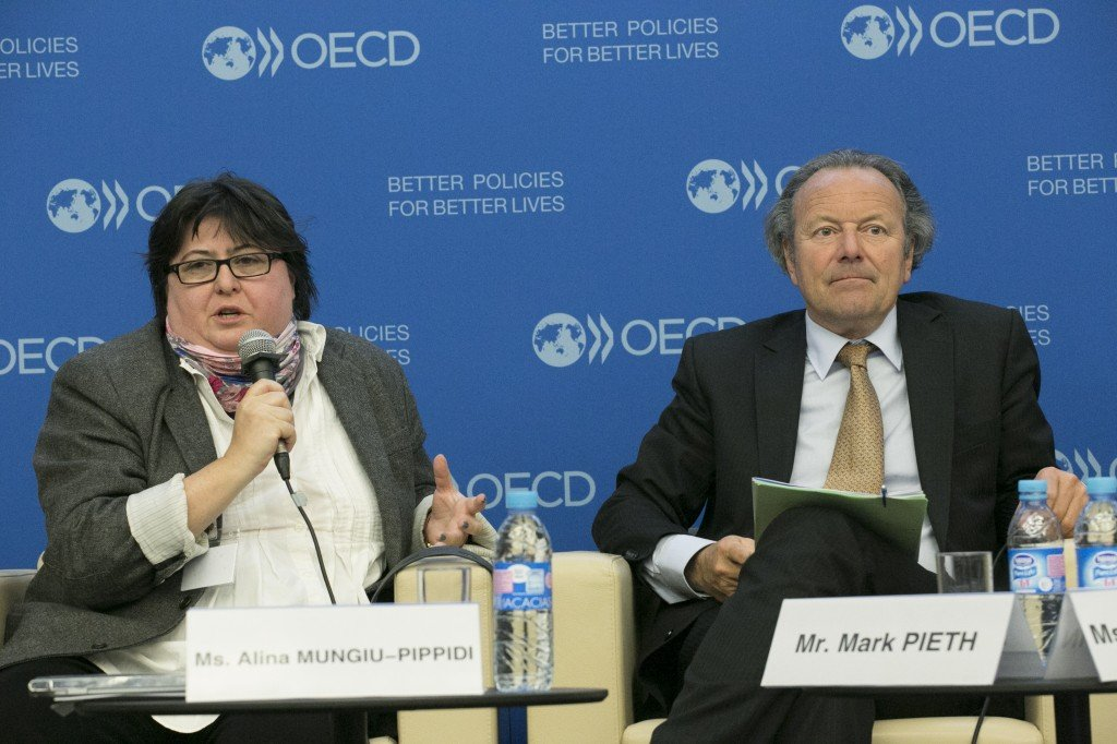 Alina Mungiu-Pippidi and Mark Pieth at the OECD Forum on Integrity
